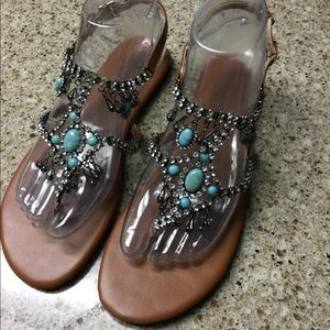 Shoes - NWOT Bling out Sandals